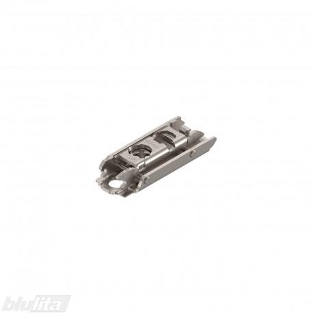 Tiesi CLIP lanksto plokštelė, 0mm, tvirtinama medvaržčiais, reguliuojama ekscentriku, nikelio spalvos
